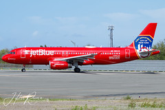 N615JB JetBlue Airways Airbus A320-232 (Hector A Rivera Valentin) Tags: