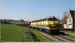 TUC-Rail 5508 + 5537 @ Tubize (Wouter De Haeck) Tags: belgië belgique belgien infrabel l115 quenast clabecq clabecqmarchandises brabantwallon waalsbrabant tubize tucrail hld55 bn labrugeoiseetnivelles gm generalmotors cargo güterzug traindemarchandise freighttrain steenslag steenslagtrein ballast