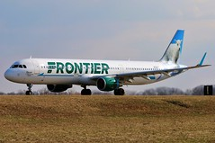 N722FR FRONTIER A321-211SL at KCLE (GeorgeM757) Tags: n722fr frontier a321211sl aircraft aviation airplane airport airbus kcle clevelandhopkins georgem757 6l canon70d