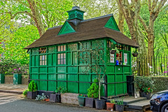Cabbies Tea Hut (Croydon Clicker) Tags: hut teahut taxi cabby protected historic green stjohnswood london street road tree plants