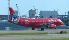 N615JB JetBlue Airbus A320 (A320) (Paul_286) Tags: n615jb jetblue airbusa320 a320 kmco mco orlando mccoy newyorkfiredepartment jetbluered