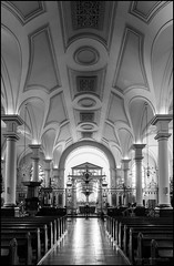 Derby cathedral (G. Postlethwaite esq.) Tags: bw bakewellgate derby derbyshire sonya7mkii aisle altar blackandwhite cathedral monochrome pews photoborder photowalk