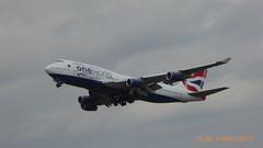 P1160298 G-CIVP B747-436 in OneWorld alliance livery BA289 LHR-PHX at London Heathrow Airport 27R (LJ61 GXN (was LK60 HPJ)) Tags: britishairways boeing747 boeing747400 boeing747436 boeingb747436 boeingb747400 b747400 b747436 rollsroyce rb211524g oneworld 744 b744 gcivp 28850 1144 lhr egll londonheathrowairport 27r