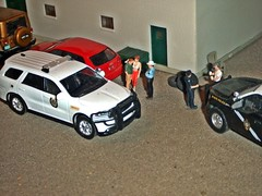Sheriff's log 4-30-2019 (THE RANGE PRODUCTIONS) Tags: greenlight jeepwrangler fordf150 dodgedurango audi 164scale hoscalefigures hoscale toy model ford dioramas diecast diecastdioramas display modular modellayout