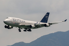 B-18211 (PlanePixNase) Tags: chinaairlines skyteam boeing 747 747400 jumbo hkg vhhh hongkong cheplapkok airport aircraft planespotting