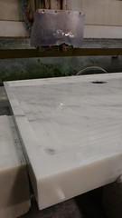 Dettaglio piatto doccia in massello