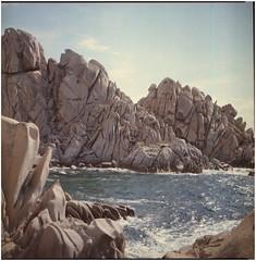.all'ombra dell'ultimo sole s'era assopito un pescatore (Herr Benini) Tags: sardegna valledellaluna rocks roccie kiev88 analog kodak film 6x6 120 mediumformat kodakportra400