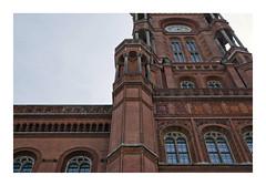 _K002714 (Jordane Prestrot) Tags: ♉ jordaneprestrot berlin hôteldeville ayutamiento townhall architecture arquitectura contreplongeons