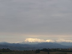 Appennino Umbro-Marchigiano (skosso) Tags: mountain landscape travel holidays relax snow view montagne appennino panorama neve life cielo sky cloud outdoors