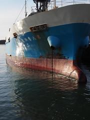 Barge (murozo) Tags: gat barge ship sea oiso fishing port kanagawa japan ガット船 船 海 大磯 漁港 神奈川 日本 朝 morning