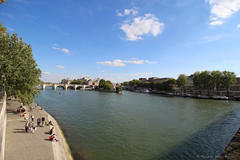 Afternoon at Seine (elianek) Tags: paris seine river france europe rio sena afternoon turism tourists panoramic panoramica blue skies wide angle grandeangular wideangle canon