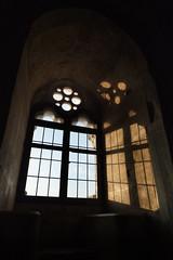 P1000730 (sara_babusci) Tags: casteldelmonte puglia italia italy window finestra tramonto luce sunset light summer estate sud south stone pietra sarababusci