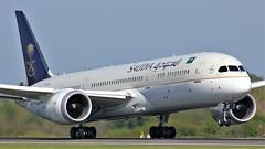 HZ-ARA (AnDyMHoLdEn) Tags: saudia saudiarabian 787 skyteam egcc airport manchester manchesterairport 23l