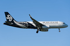 Air New Zealand Airbus A320 (Daniel Talbot) Tags: a320 akl airnewzealand airbus airbusa320 auckland aucklandairport aucklandregion nzaa newzealand northisland teikaamāui zkoxf aircraft airplane airplanes airport autumn aviation maker oceania plane season seasons transportation