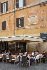 Rome - Piazza della Rotonda (Michael.Kemper) Tags: canon eos 30d 30 d efs 1755 17 55 f28 f 28 is usm voyage travel travelling reise italien italia italy rom roma rome piazza della rotonda platz city square facade fassade