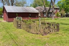 Rossville, TN (J McCallister) Tags: barn historic home house trees rossville tennessee unitedstatesofamerica