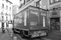 Coca Cola (koborin) Tags: spain españa madrid nikond40 nikon lalatina calledetoledo plazadelacebada calledearganzuela cocacola car truck