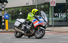 Dutch police BMW R1200rt (Dutch emergency photos) Tags: politie police polizei polit politi politiet polici policie policia polis polisi polisie polisia politia polizie polizia politievoertuig politievoertuigen policevehicle policevehicles vehicle vehicles voertuig voertuigen nederland nederlands nederlandse netherlands netherland dutch emergency photo photos foto fotos 999 911 112 amsterdam amstelland eenhoorn blauw licht blue light lichtbalk lichtbak lightbar politiemotor policemotor policemotorcycle policebike motor motorcycle bike motoragent team hoofdwegen thw traffic trafficpolice verkeer verkeers verkeerspolitie 73mjzr 8802