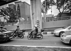 en passant par KL (Jack_from_Paris) Tags: p1000431bw panasonic dmcgx8 micro 43 raw mode dng lightroom blackandwhite monochrome rangefinder télémétrique capture nx2 lr monochrom noiretblanc bw wide angle kl kuala lampur street motorcycle scooter blouson
