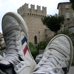 """Hummel tower (""""ETHOS"""") Tags: relax feet sneakers shoes tower travel landscape legs view holiday hummel male life nikon scarpe torre panorama paesaggio vista vacanze outdoors piedi sky portrait adidas nike vans converse cielo me man lads dudes guys top shots ritratto over under cool cute handsome chill rest"""