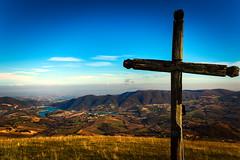 Elcito Landscape #4 (Strocchi) Tags: elcito macerata landscape paesaggio croce cai cross canon eos6d 24105mm marche appennino lago castreccioni cingoli