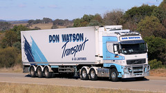 Manton Fridges (2 of 3) (Jungle Jack Movements (ferroequinologist)) Tags: refrigerated fridge cold store freezer volvo fh 16 freightliner coronado 640 700 murrell don watson scotts mount gambier wollongong trailer manton yass nsw new south wales jerrawa australia hume highway freeway haulage hp horsepower big rig haul freight cabover trucker drive transport delivery bulk lorry hgv wagon road nose semi deliver cargo vehicle load freighter ship move roll motor engine power teamster truck tractor prime mover diesel injected driver cab beast wheel