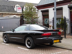 1994 Pontiac Firebird 3.4 V6 (brizeehenri) Tags: pontiac firebird 1994 hvrn50 rotterdam