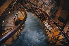Golden Ratio at Tower Bridge (FButzi) Tags: londra london uk tower bridge golden ratio stairs