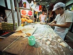 Bangkok Chinatown-3231299 (Neil.Simmons) Tags: bangkok thailand asia seasia streetphotography candid uwa ultra wide angle laowa 75mm f2 ultrawide chinatown yaowarat michelin star