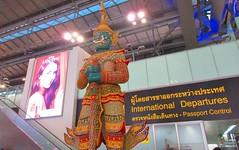 Bangkok Suvarnabhumi Airport, Thailand (jeffglobalwanderer) Tags: airport terminal airportarchitecture bangkokairport suvarnabhumiairport internationalairport modernarchitecture thai statue departurehall
