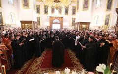 060. Божественная литургия в Успенском соборе 01.05.2019