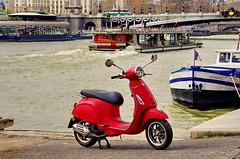 418 Paris en Mars 2019 - Port de la Concorde (paspog) Tags: paris france mars march märz 2019 seine pont bridge brücke pontalexandreiii vespa scooter piagio