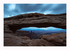 Mesa Arch (www.halkaphoto.com) Tags: usa americansouthwest utah canyonland nationalpark mesaarch longexposure le clouds movement sky desert arid