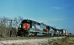 SP 9282 west in Channahon,Illinois on March 23, 1996. (soo6000) Tags: sd45t2 tunnelmotor sp southernpacific sp9282 9282 speedlettering illinois atsf santafe transcon bplbx stacktrain train railroad fallenflag manifest freight trackagerights channahon