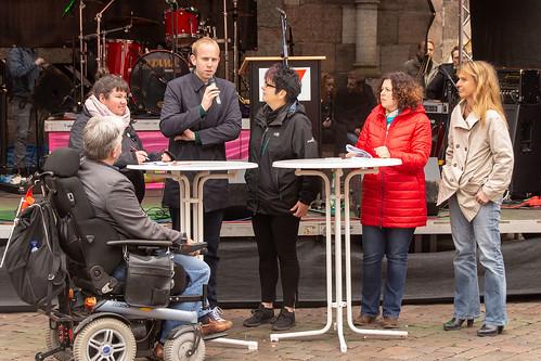 Podiumsdiskussion bei der Maikundgebung in Oldenburg.