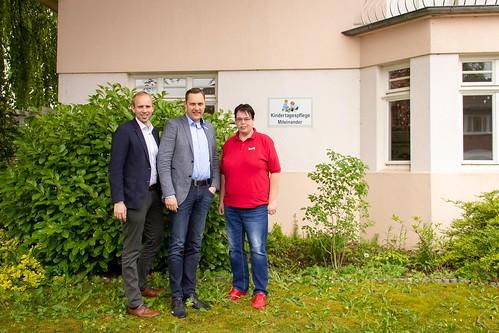 """Besuch der Kindertagespflege """"Miteinander"""" in Augustfehn mit Bürgermeister Matthias Huber."""