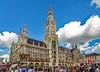 Munich photowalk (werner boehm *) Tags: wernerboehm neuesrathaus munich architecture marienplatz crowd
