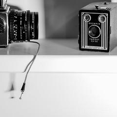Kodak Brownie Target Six-20 (Photo Alan) Tags: vancouver canada blackwhite blackandwhite monochrome kodak kodakbrownietargetsix20 filmcamera