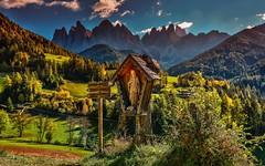 Val di Funes Odle (giannipiras555) Tags: dolomiti odle montagna collina autunno alberi panorama paesaggio landscape nuvole vetta trentino altoadige colori nikon