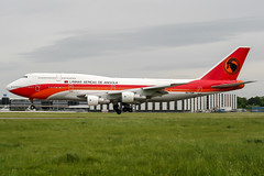 D2-TEB (PlanePixNase) Tags: aircraft airport planespotting haj eddv hannover langenhagen linhasaereasdeangola angolaairlines boeing 747 747300 b743 wm2006