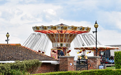 Getting ready for the holiday weekend in Broadstairs. (philbarnes4) Tags: broadstairs thanet kent england philbarnes nikon nikond5500 bankholidayweekend funfair coast holiday