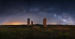 Arco Galáctico (Chusmaki) Tags: ngc castillos nocturnas noche toledo gálvez sonya7rii