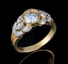 Art Deco 585 Diamonds Ring (designcover2006) Tags: gold yellow art deco vintage cute nice diamond leica