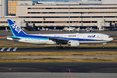 ANA Boeing 777-281 JA745A (Mark Harris photography) Tags: spotting plane boeing 777 ana canon hnd japan