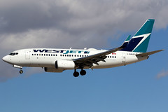 WestJet | Boeing 737-700 | C-GWJO | Las Vegas McCarran (Dennis HKG) Tags: aircraft airplane airport plane planespotting canon 7d 100400 lasvegas mccarran klas las westjet wja ws boeing 737 737700 boeing737 boeing737700 cgwjo
