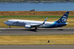 New School Alaska Livery (planephotoman) Tags: boeing 737 738 737800 737890 n563as alaskaalaska airlinesairlineairlinerpdx aircraftportland international airport pdx kpdx