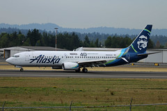 Seattle Mariners 40th Anniversary Livery (planephotoman) Tags: boeing 737 738 737800 737890 n564as seattlemariners 40thanniversary sticker seattleseahawks alaska alaskaairlines airline airliner pdxaircraft portlandinternationalairport pdx kpdx