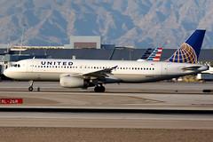 United Airlines | Airbus A320-200 | N456UA | Las Vegas McCarran (Dennis HKG) Tags: aircraft airplane airport plane planespotting staralliance canon 7d 100400 lasvegas mccarran klas las united unitedairlines ual ua usa airbus a320 airbusa320 n456ua