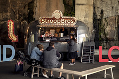 StroopBros (Photos By Dlee) Tags: canoneosm5 canonm5 m5 mirrorless canon apsc canonefm32mmf14stm canon32mmf14stm canonprimelens primelens prime photo photosbydlee photography australia sydney newsouthwales nsw autumn market weekend bokeh