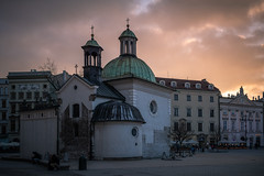 Kraków - Kościół św. Wojciecha (Rafael Zenon Wagner) Tags: kirche church abend licht evening light sonnenuntergang sundown 40mm